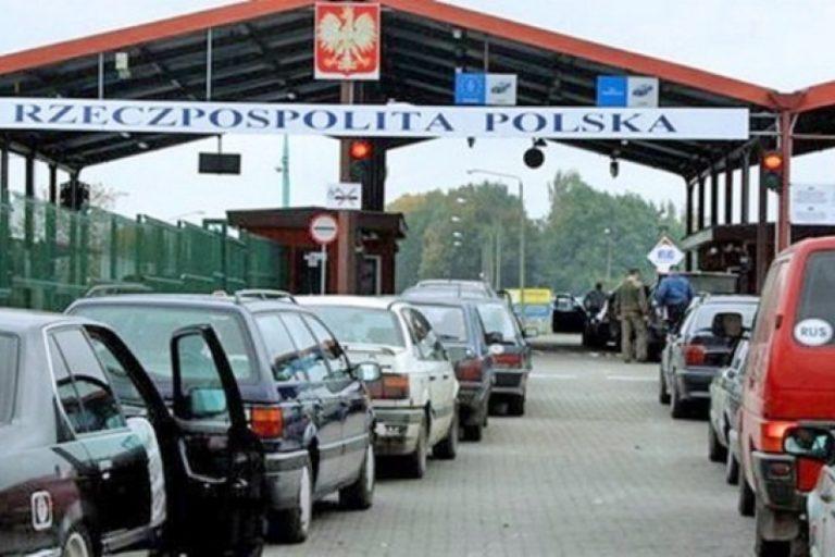Польша хочет закрыть въезд для украинских водителей: кто попадет под удар
