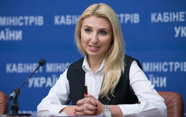 Фаворитка Петренко, или жена успешного бизнесмена: Вся правда об одиозной замминистра Наталье Севостьяновой