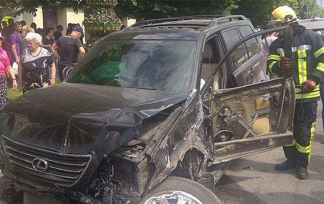 Массовое ДТП: Столкнулись 10 автомобилей и автобус, есть пострадавшие в тяжелом состоянии