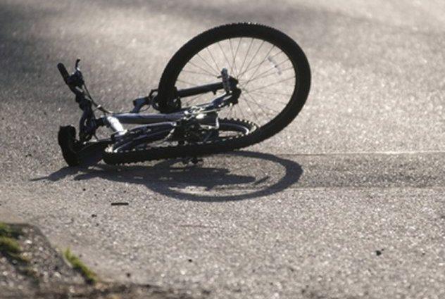 Насмерть, без шансов выжить: Водитель микроавтобуса сбил 13-летнего парня