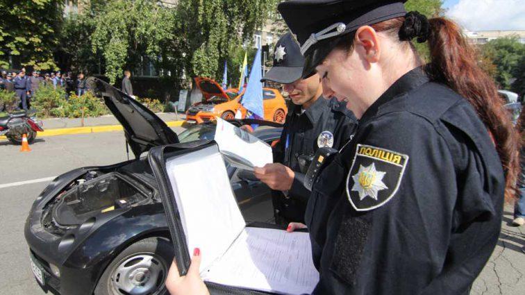 «Ловушка для украинских водителей»: Юристы возмущены новыми правилами оформления ДТП