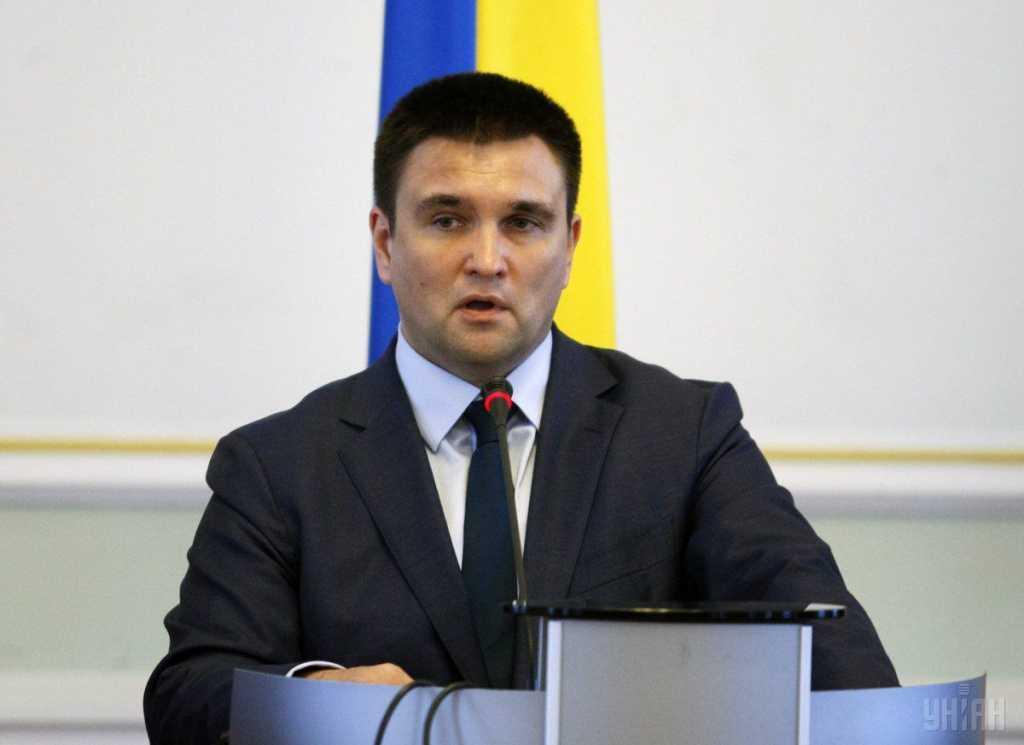 «Мы скоординировано можем давить на российскую позицию» После встречи в Берлине глава МИД сделал громкое заявление