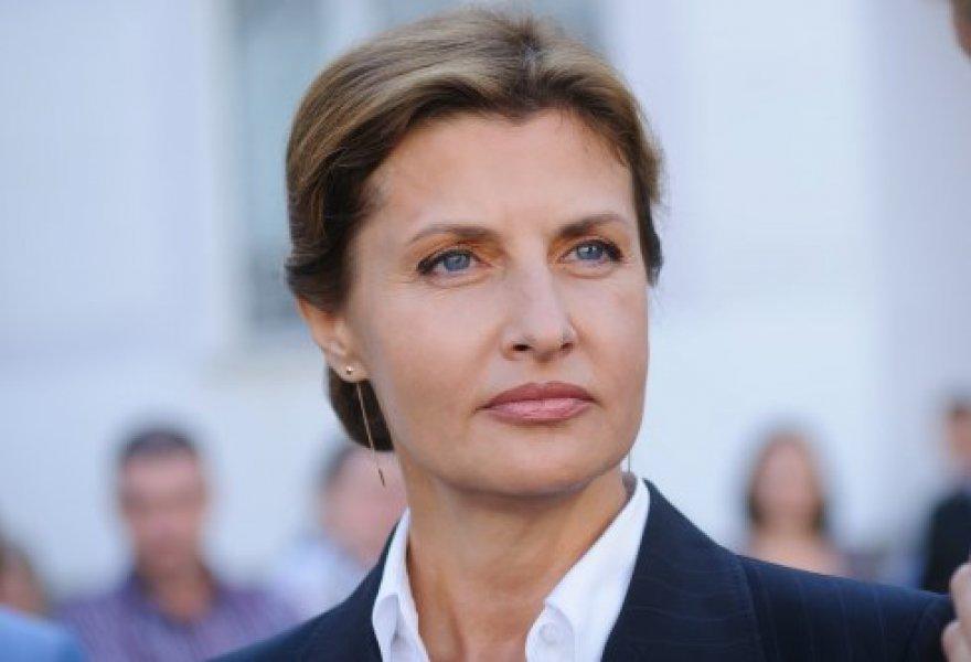 «Присвоила себе чужую заслугу и…»: Жена Порошенко не на шутку разгневала украинцев своим поступком