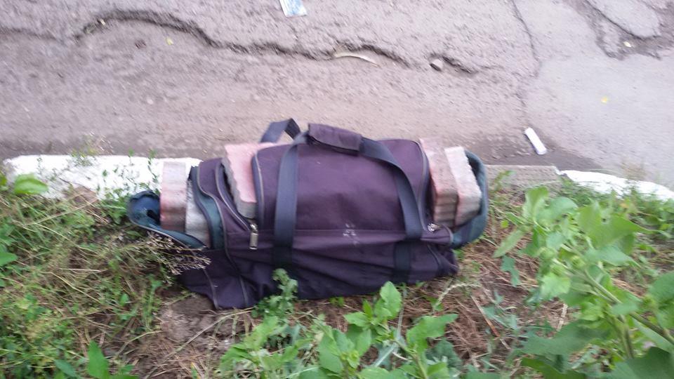 «Пытался «договориться по-человечески»»: Львовского чиновника поймали с ворованной брущаткой прямо посреди города