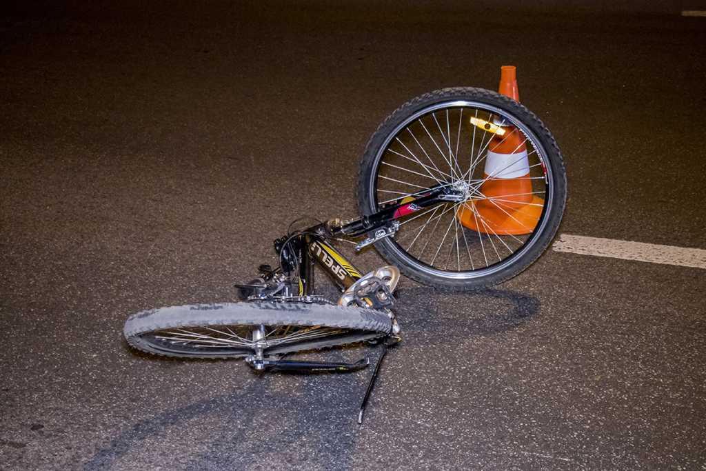 «Автомобиль с «непростым» водителем сбил ребенка»:  Велосепидисты объявили о пикете Кабмина