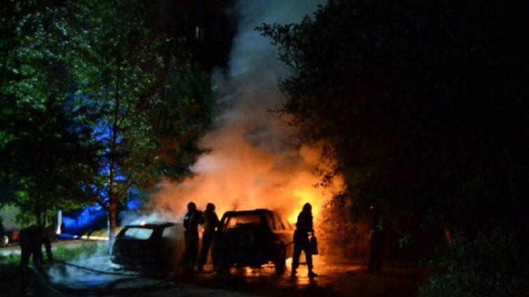 «Огонь полностью уничтожил…»: В Ровно сожгли автомобиль известного волонтера