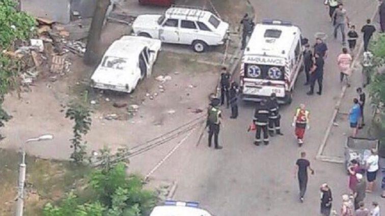 В Киеве прогремел взрыв во дворе: Четверо детей пострадали. Что известно на данный момент