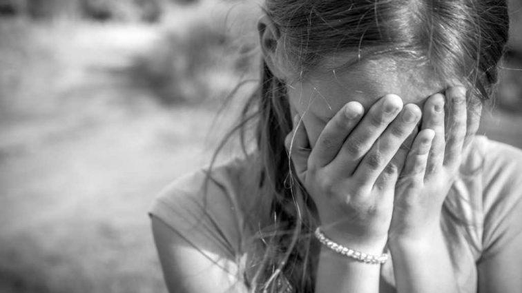 Насиловал ее по несколько раз в день: 16-летняя девушка наняла убийцу, чтобы избавиться от отца
