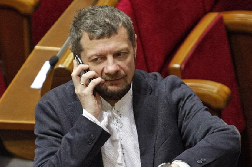 Весело прогулял заседание ВР: Мосийчук устроил масштабную драку со свободовцами