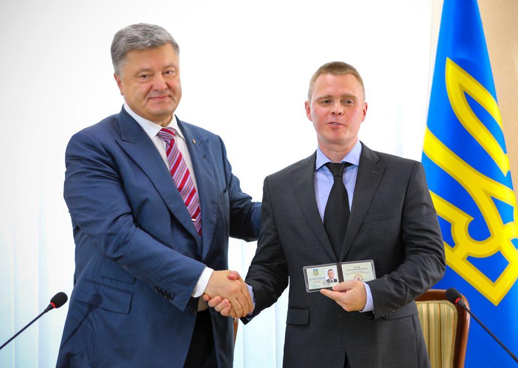 Загадочный губернатор с России: Кого и почему Порошенко назначил на пост председателя Донецкой администрации