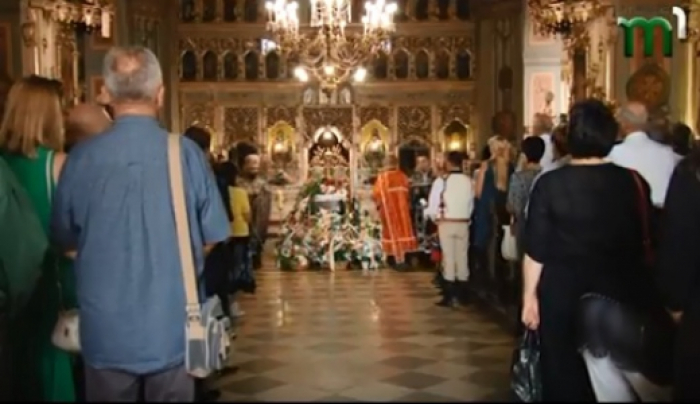 Храм был переполнен людьми: сегодня попрощались с народной артисткой Украины