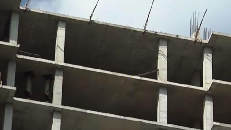 «После шести дней поисков»: В киевской многоэтажке подростки нашли тело парня, который умер загадочной смертью