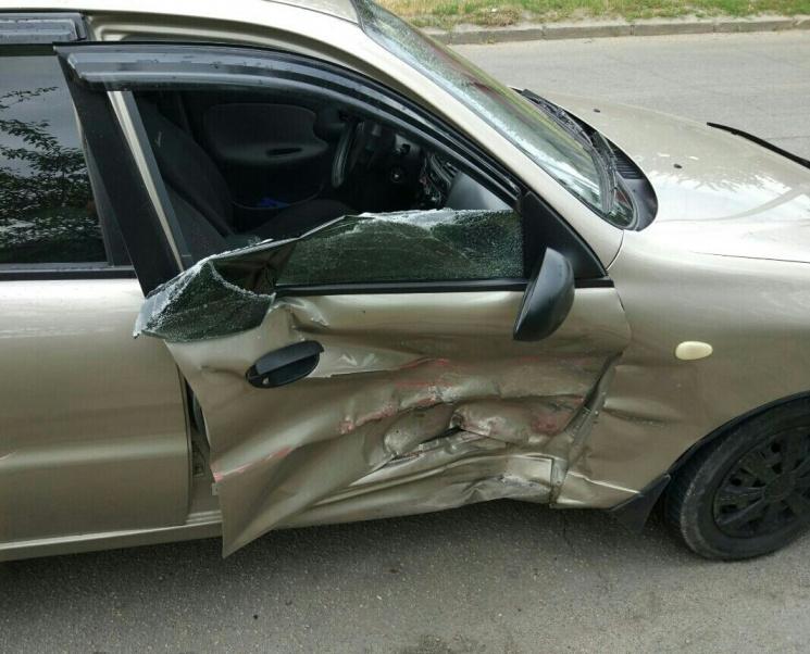 Столкнулись сразу три автомобиля: В кровавом ДТП во Львове погиб дедушка