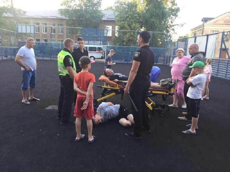 Жестоко избили школьника: В Житомирской области дети напали на восьмиклассника