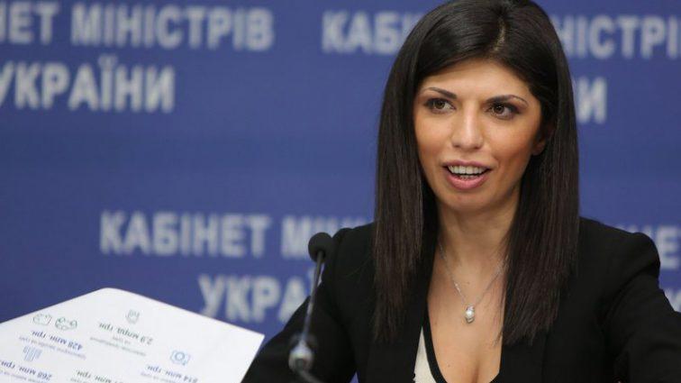 Везет как Ляшко: Известная украинская чиновница выиграла более миллиона гривен в лотерею