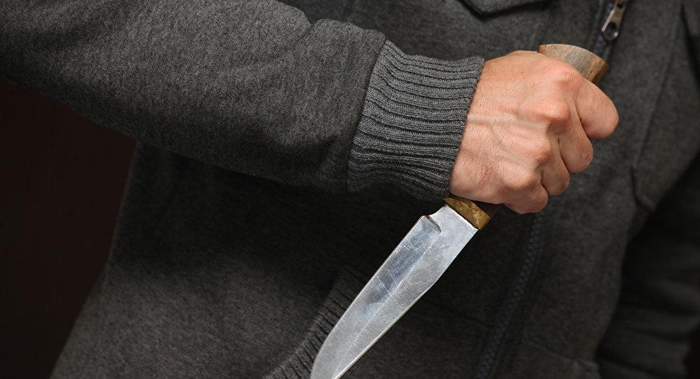 «Дважды ударил ножом в живых»: Во Львове 27-летний парень напал на мужчину