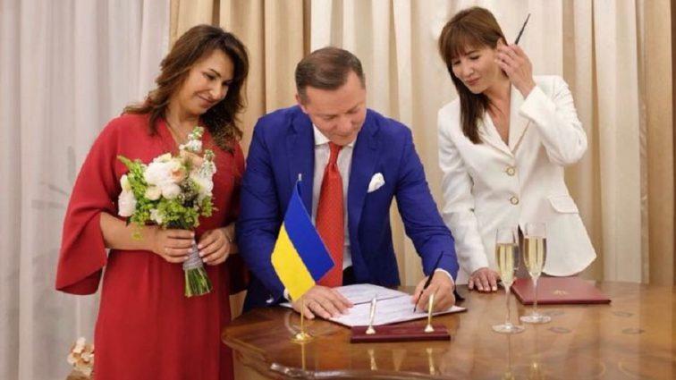 «Пригласил на свадьбу Лозового и Скуратовского»: Стали известны тайные подробности бракосочетания Ляшко