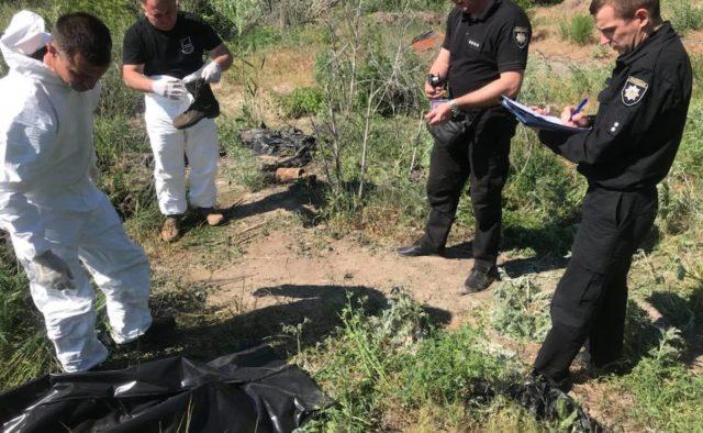 «Выворачивало от трупного запаха»: стало известно, что будет с останками жертв Иловайского котла