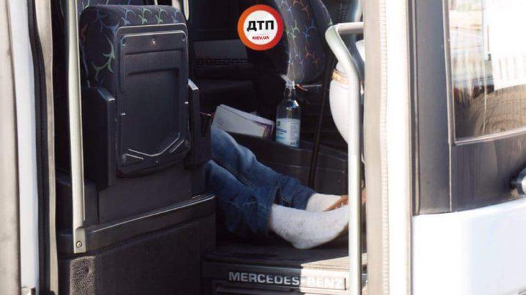 Смертельное ДТП в Киеве: на ходу умер водитель автобуса с 25 школьниками. То, что произошло потом поразило всю Украину