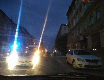 «Резко выбежала на проезжую часть»: ДТП во Львове. Пьяная девушка попала в реанимацию