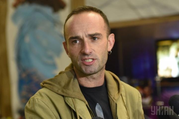 «Застрелился в большой железной бочке»: Подробности самоубийства известного режиссера потрясли всю Украину