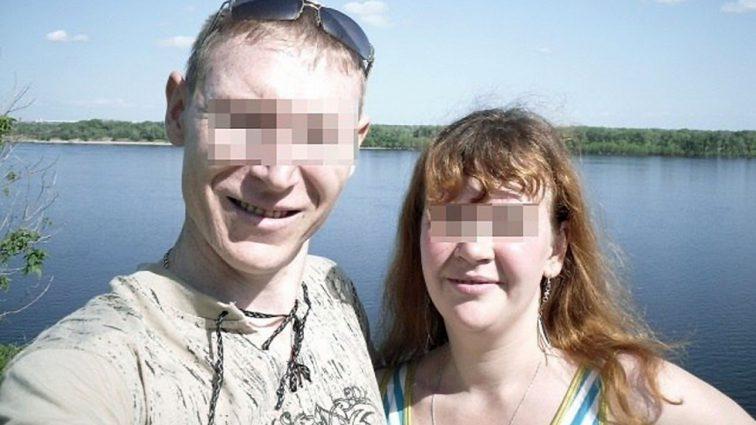 «Брали с собой в постель и занимались с ней групповым с*ксом»: Супружеская пара три месяца насиловала 12-летнюю дочь ради «воспитания»