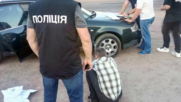 «После реализации сырья весом около 1,5 кг»: Житомирского депутата поймали на продаже наркотиков