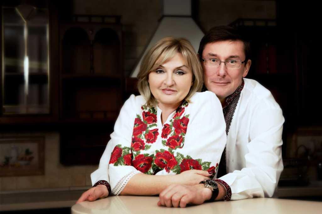 «Поехали отмечать 30-ю годовщину свадьбы»: Генпрокурор с женой «засветились» в Италии