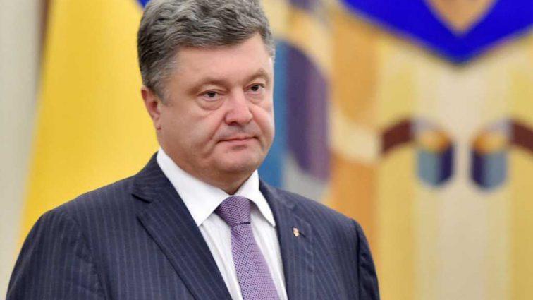 Забыл про кума-генпрокурора: «Лицемерное» заявление Порошенко разгневало украинцев