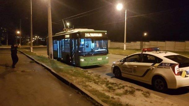 В Харькове расстреляли троллейбус