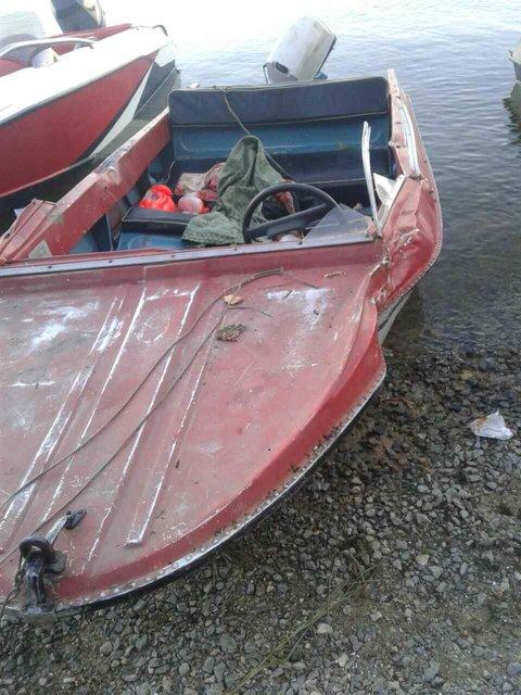 Столкновение двух лодок закончилось смертью, маленький ребенок в реанимации