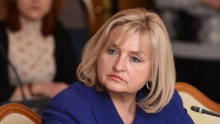 «Пока муж в командировке, она времени не теряет»: СМИ поймали Ирину Луценко за пикантным разговором с Бойко