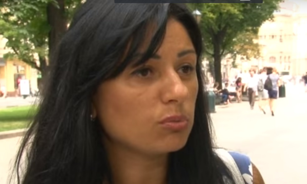 «Если с Ахмедом не поедешь паспорт нету, тебя нету»: Гид известной турфирмы напал на украинку в Египте