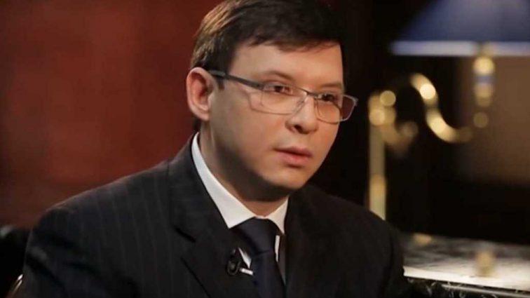 «Призывает Путина ввести войска и …»: В Сети разоблачили отца скандального депутата Мураева