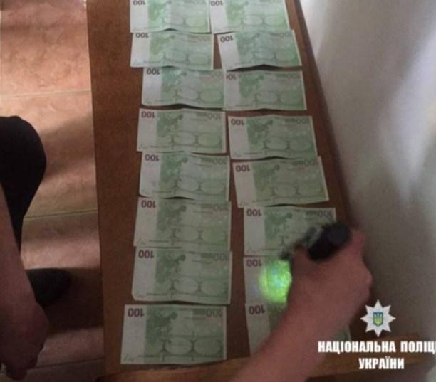 Поймали «на горячем»: старшую медицинскую сестру поймали на получении взятки