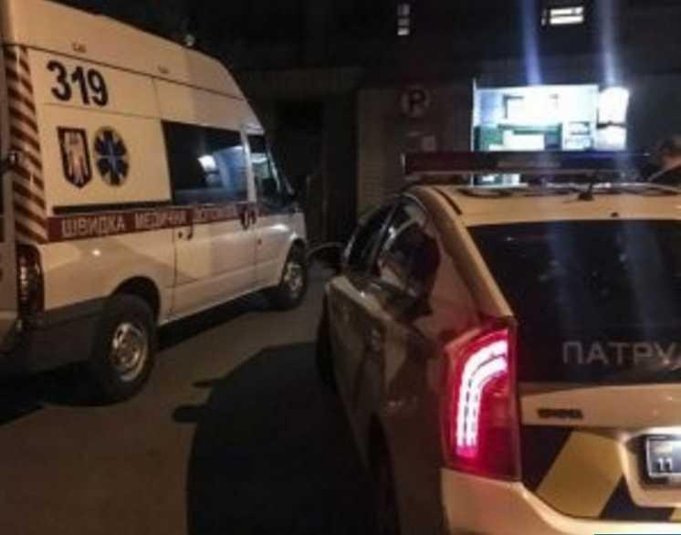 Из-за плохой оценки покончил с собой: 14-летний школьник выпрыгнул из окна 9-го этажа