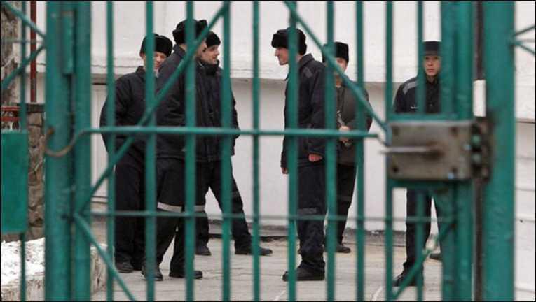 Уже восьмой месяц за решеткой: Львовянин поехал на заработки в Москву и не может вернуться домой