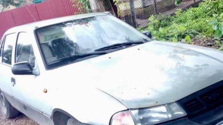 «Скривавлене тіло лежало на задньому сидінні авто»: На Львівщині брат жорстоко вбив брата
