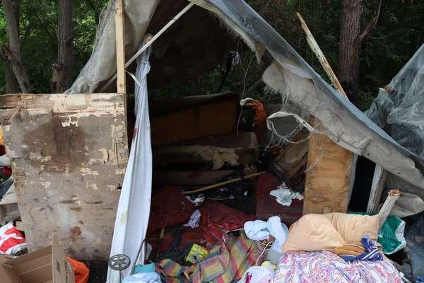 «Был четкий план»: Подозреваемые в разгроме лагеря ромов юноши сделали громкое признание