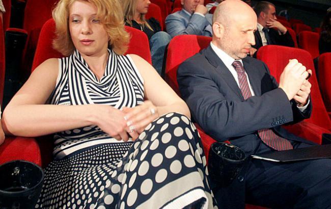 «Из-за скандального заявления в отношении ЛГБТ»: Жену Турчинова требуют уволить из университета