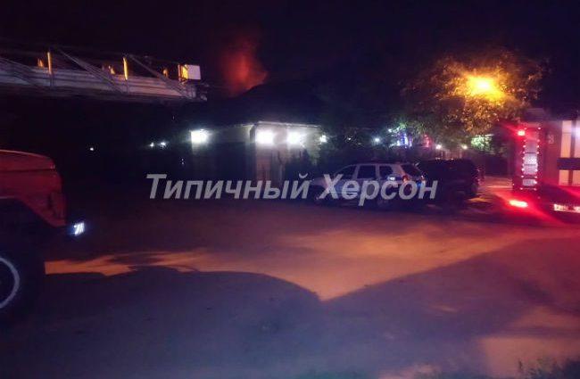 «За три дня до того получил угрозы»: В Херсоне подожгли дом депутата от БПП