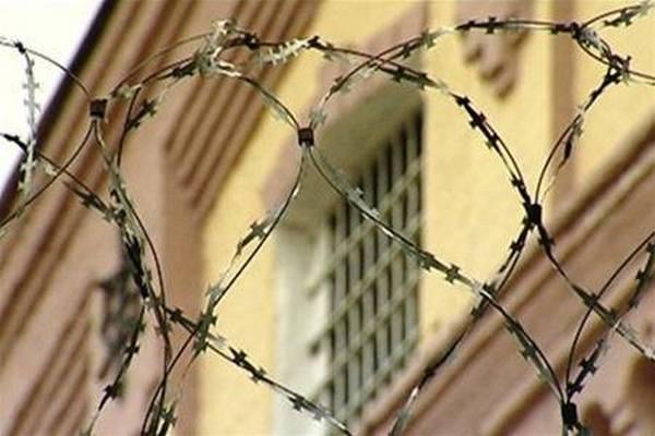 «Не выдержал расставания с женой»: В камере Черниговского СИЗО обнаружили тело узника с порезами в области шеи