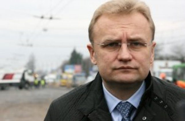 «Садовый хвастается велодорожками в то время, когда его приспешники разрушают Львов»: Председатель фракции УКРОП сделал громкое заявление