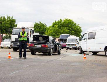 «Выходил из маршрутки»: Во Львовской области микроавтобус сбил пятилетнего мальчика