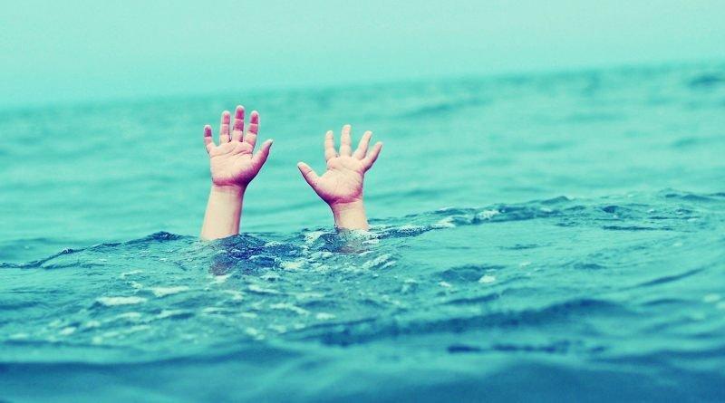 «Уже второй день продолжаются поиски»: Появились подробности трагедии где двое маленьких детей утонули в реке