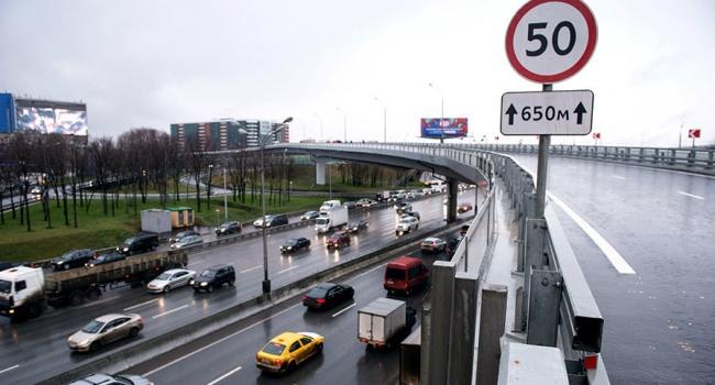 «Носятся городом 200 км / ч»: Езда по-новому. Новые правила ПДД в действии