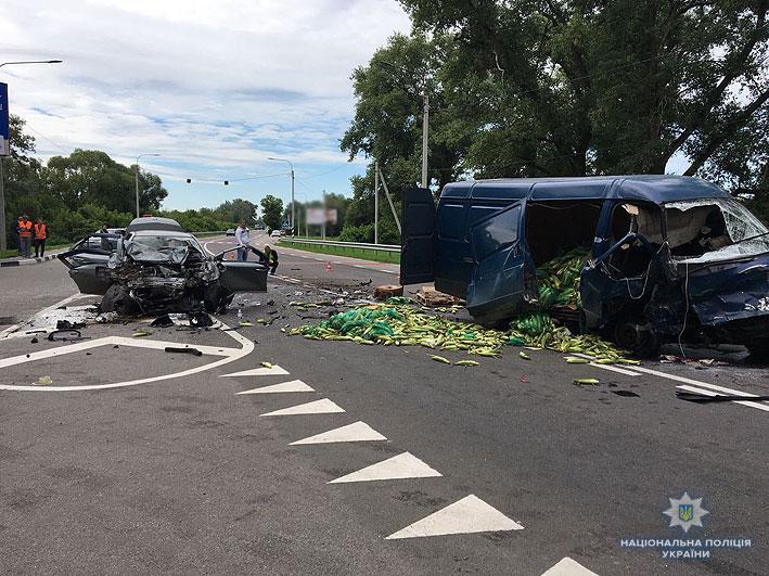 Один металлолом: Жуткая ДТП на Черниговщине забрала жизни трех человек