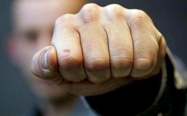«Я русский …»: В Кривом Роге разъяренный мужчина с кулаками и криком набросился на журналиста