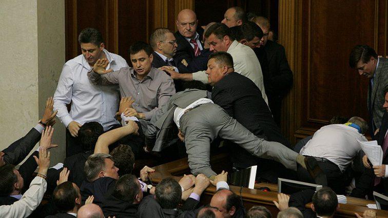 «Орали, перебивали друг друга»: Нардепы устроили громкий скандал в прямом эфире