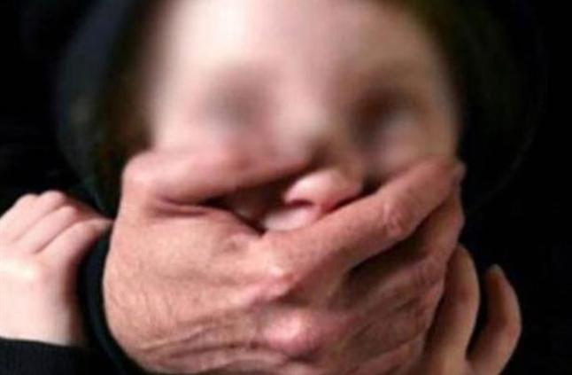 «С помощью гипноза заставлял к с * ксу»: Учитель младших классов развращал своих учениц